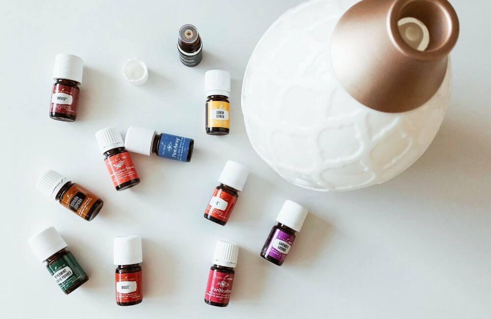 10 huiles essentielles à avoir à la maison