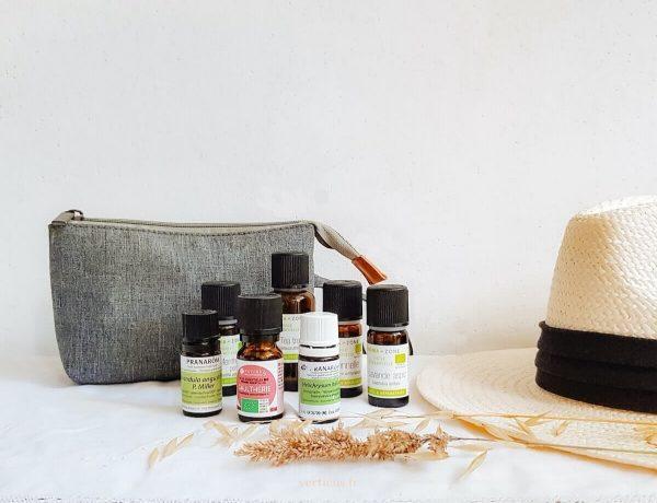 huiles essentielles à glisser dans sa trousse de voyage pour les vacances cet été : tea tree, lavande aspic, citronnelle...